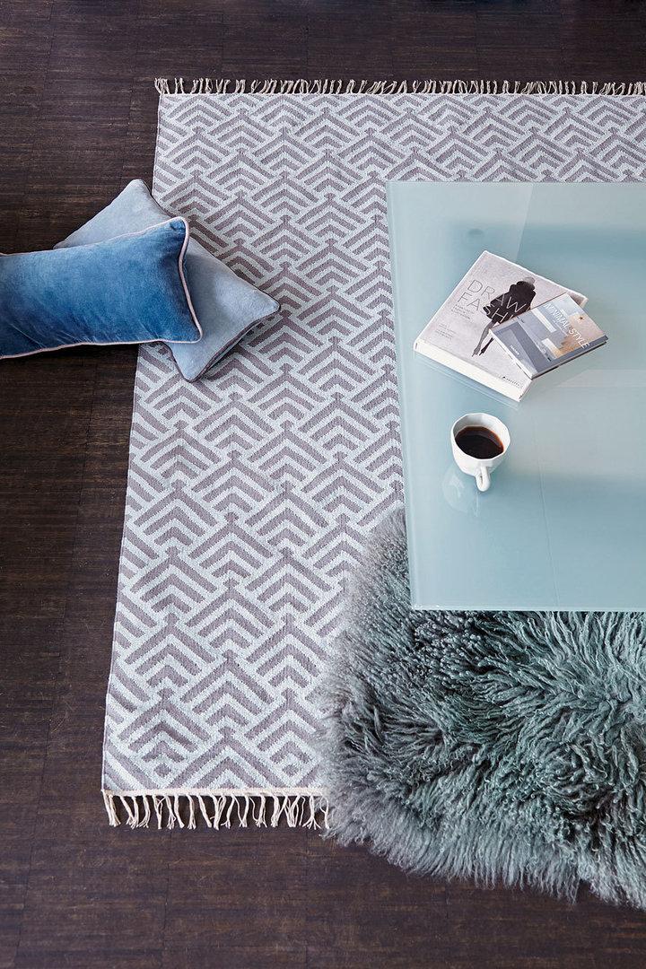 Teppich Palm 140x200 Cm Eisblau Grau Von Liv Interior
