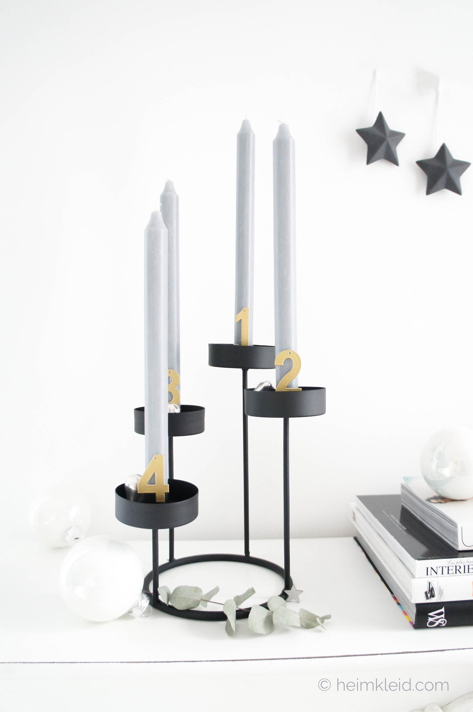 Weihnachtsdeko dekoideen f r einen originellen adventskranz - Kerzenstander dekorieren ...